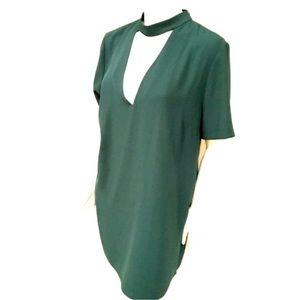 Zara chocker dress in hunter green
